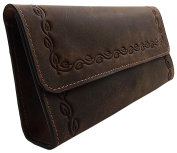 Hunter leather pencil case with magnetic lock in brown