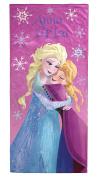 Disney Frozen Falling Snowflakes 100% Cotton Beach/Bath/Pool Towel