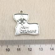 NEWME 20pcs 24x23mm New Orleans Fleur de lis Charms Pendant For DIY Jewellery Making Wholesale Crafting Handmade Bracelet Necklace Key Chain Bag Accessories