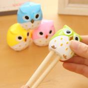 Gemini_mall 2X Cute Owl Shape Pencil Sharpener 2 Holes for Kids School Office Stationery Random Colour