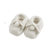Natures purest Knitted Chunky Pom Pom Bootees 0-6 Months