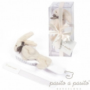 Pasito Brush and Comb Rabbit Beige