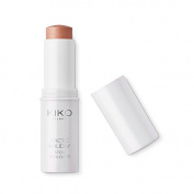 KIKO MILANO - Arctic Holiday Stick Highlighter 02 Fresh-effect face highlighter stick with metallic finish water-based highlighter ensures an intense colour payoff and a pleasant refreshing effect.